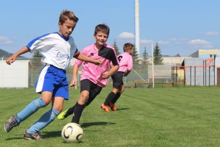 【ワールドジュニアサッカーNEWS】ドイツ編⑥勉強する子はサッカーも上手くなる!ドイツのジュニア強豪チームが学業に本気で力を入れるワケとは。