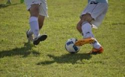サッカーの一対一の守備で抜かれない方法とは?~少年サッカー育成ドットコム~